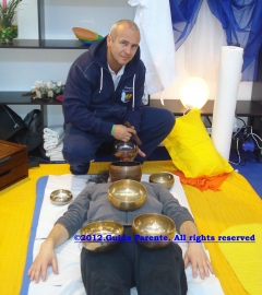 Harmonic-Vibrational Massage® with Tibetan Singing Bowls - Pranoterapia&Campana Tibetana®